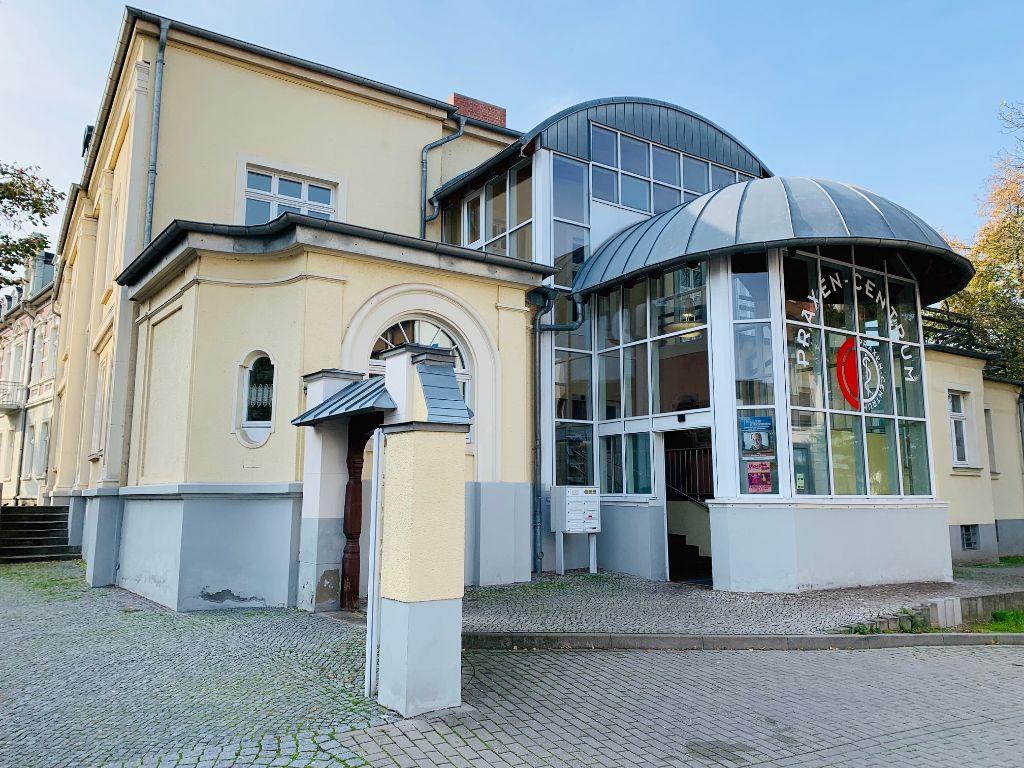 Erste Schritte nach dem Immobilienkauf - Praxen-Centrum Bernburg